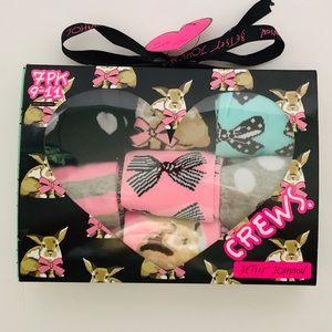 💋Betsey Johnson Crew Socks Gift Box